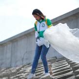 上海根与芽青年智囊团 | 环保新风尚,来东滩一起plogging